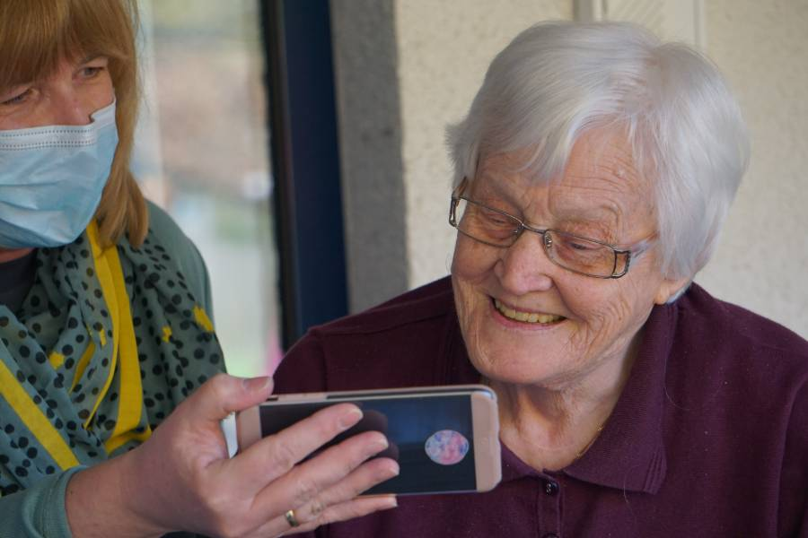 Telefon dla seniorów Dobre Słowa